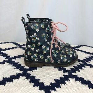 Navy boots with floral design & pink laces size 9